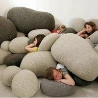 Pebble pillows! I want to fill my ENTIRE bedroom :)
