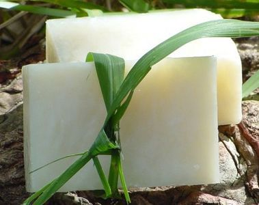 Make your own coconut oil soap