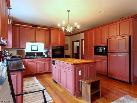 117 Upper Kingtown Rd Pittstown Nj 08867 Zillow Zillow Home Decor Home