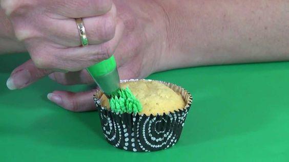 Cake pop video 39 s and cupcake on pinterest - Decoreren van een gang ...