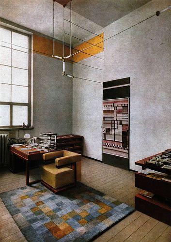Walter gropius 39 office at the weimar bauhaus 1924 for Bauhaus tarragona catalogo