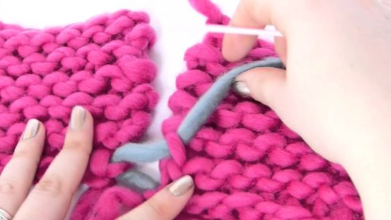 tricot la couture invisible pour le point mousse crochet tricot tutos astuces. Black Bedroom Furniture Sets. Home Design Ideas