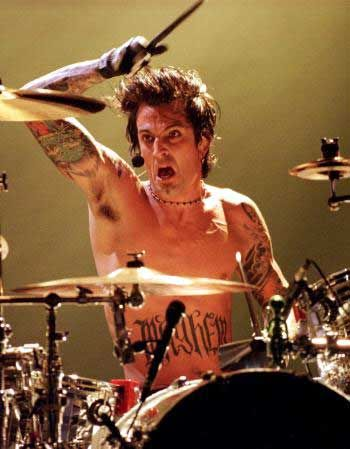 ...the drum beast that is Tommy Lee