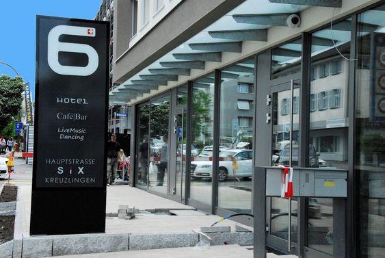 LED Pylone, Leuchtreklame, Totem, Leuchtkasten für Hotel SIX in Kreuzlingen