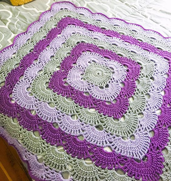 FrenchieLeigh Virus Blanket - Crochet this beautiful virus blanket as a baby blanket or as a king sized bed spread.