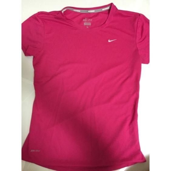 Dry Fit Nike Shirt Worn twice Nike Tops Tees - Short Sleeve