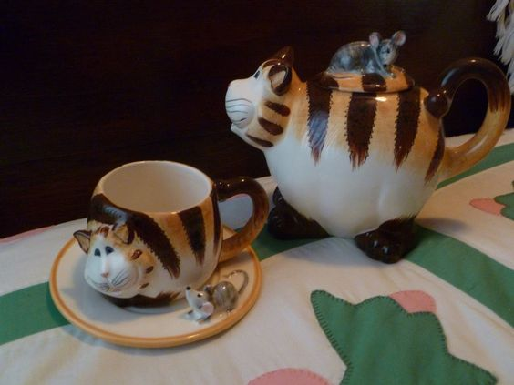 Cat Tea Pot and matching Cup & saucer both NIB