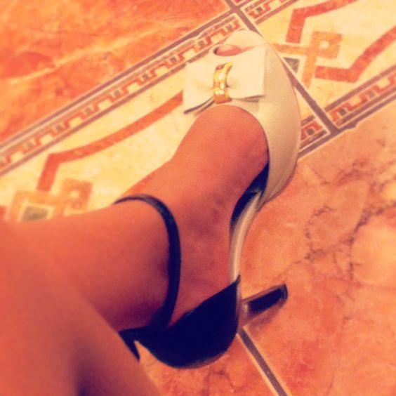 Mi última adquisición en zapatos. <3 #shoes #chic #moda #black&white