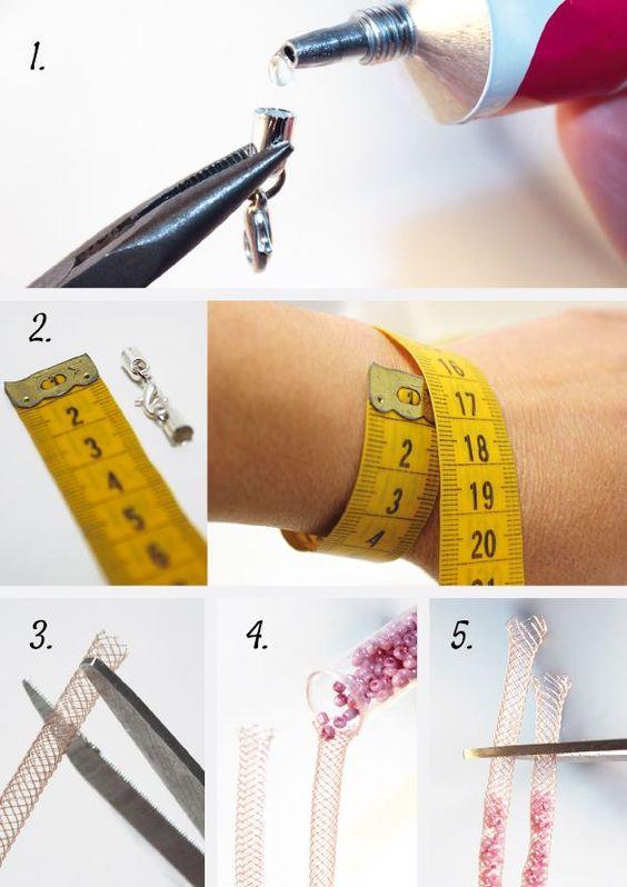 """DIY • Bracelet ou collier en résille tubulaire """"fishing bijou"""" • Étape 2/4 • La Bijou Box d'avril 2015 • Retrouvez le tutoriel complet sur http://www.labijoubox.fr/les-box-precedentes/la-bijou-box-avril-2015/:"""