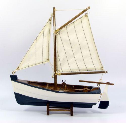 Small wooden model sailing rowing fishing boat nautical for Ebay fishing boats