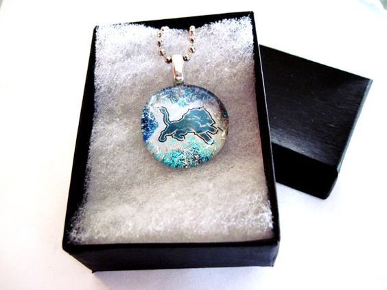 Detroit Lions Art Pendant, Necklace, NFL Necklace, Glass Cabochon, Sport,  glass Gem,
