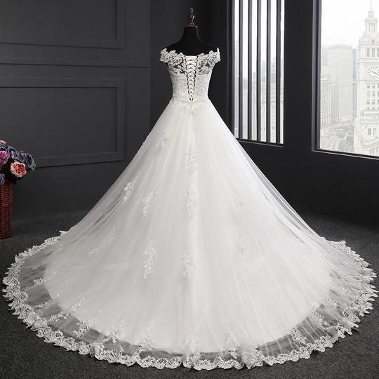 Off Shoulder Sleeveless Wedding Dresses Lace Applique Bridal Dresses Lace Wedding Dress Sleeveless Inexpensive Wedding Dresses Princess Wedding Dresses