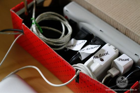 How to hide computer cables - Step by step with pictures - How hide computer cables - DIY tutorial - Madame Creative - www.madamecriativa.co...