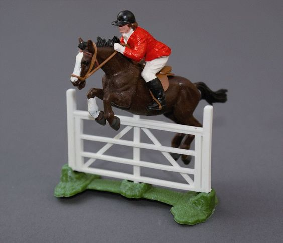 Scarce black plastic 2075 Show Jumper and rider - only available in Britains show jumping sets