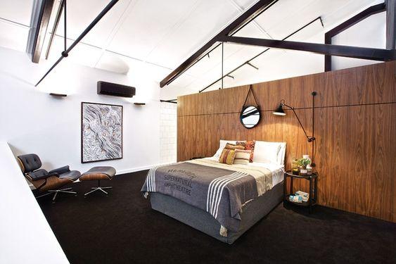 ARCHITECTURE AU; GOOD REFERENCE: Mezzanine bedroom. Artwork: Lloyd Kwilla, <em>Kulyayl Waterhole</em>.