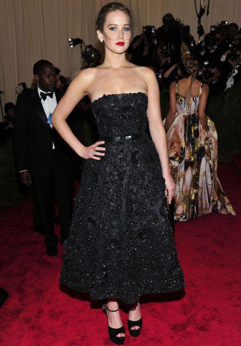 En la gala del MET de este año apostó por Christian Dior con un look de estilo…