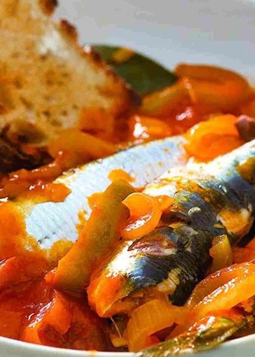 Ensopado de sardinhas em caldeirada
