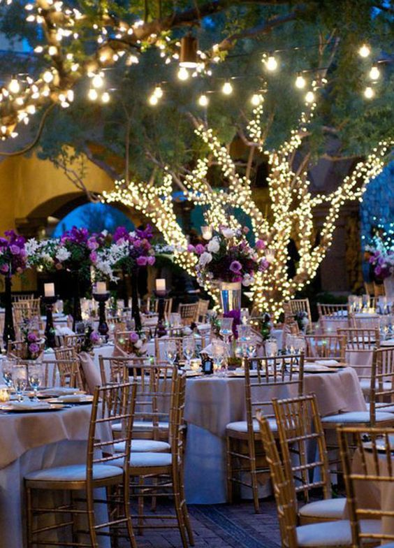 wedding ideas, wedding decorations, flower arrangements, garden wedding || Colin Cowie Weddings
