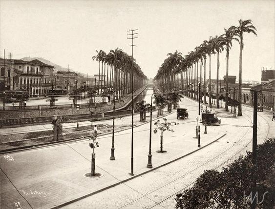 """Navegação por autor """"Malta, Augusto"""" Canal do Mangue cerca de 1920"""