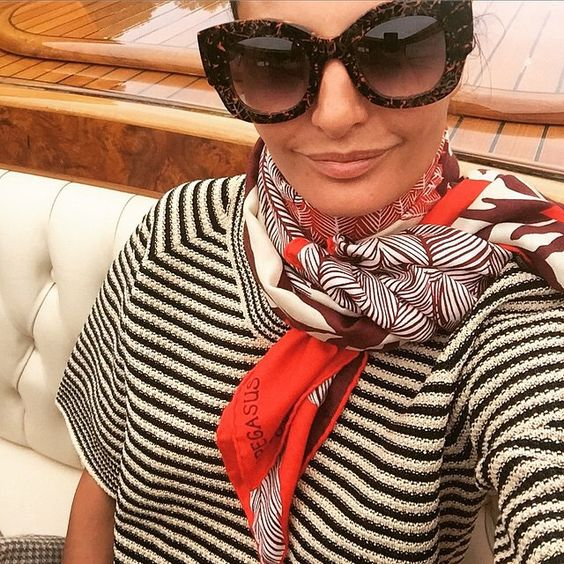 Neck scarf, striped top, how to wear a scarf, french girl style, classic style, hermes scarf, oversized glasses, Jackie O style: