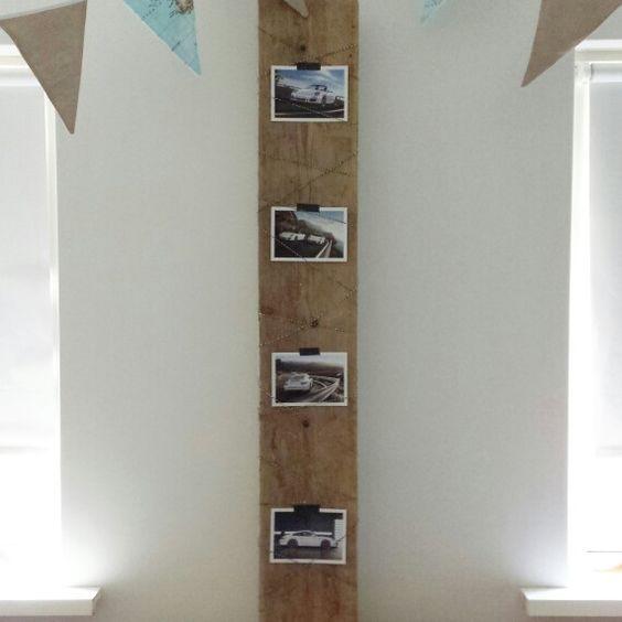 Verwarmingsbuizen weggewerkt dmv steigerhouten plank met porsche kaarten op die slaapkamer van 1 - Slaapkamer om te versieren ...