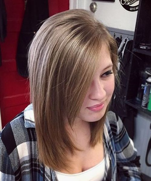 Stylish Mid Length Layered Hairstyles 2018 For Teenage Girls With Round Faces Teenage Hairstyles Teenage Girl Hairstyles Tween Girl Haircuts