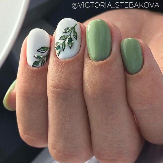 114 Easy Cute Bright Summer Nail Designs 2019 Green Nail Art