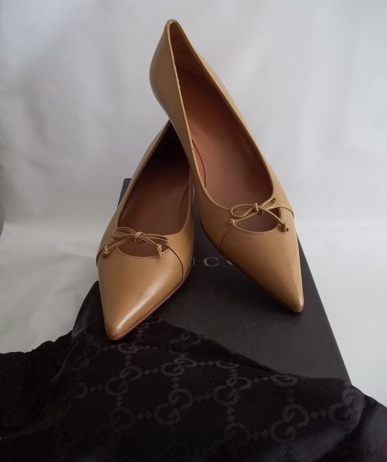 Womens Gucci Camel Brown Tan Low Kitten Heels Pumps Shoes NEW Size ...