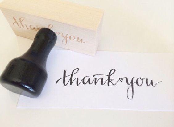 Dank u stempel / kalligrafie stempel / Handlettered stempel / moderne kalligrafie / bruiloft stempel / dank u / gepersonaliseerde door SugarAndChicShop op Etsy https://www.etsy.com/nl/listing/218229210/dank-u-stempel-kalligrafie-stempel