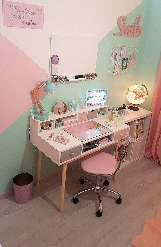 Chambre De Ma Fille Bureau Et Smile Maison Du Monde Chaise Conforama Lampe Plaque Murale Poubelle Crayons Girly Room Decor Kid Room Decor Girls Room Design