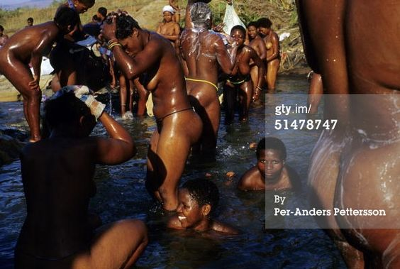 Zulu Women Bathing 48