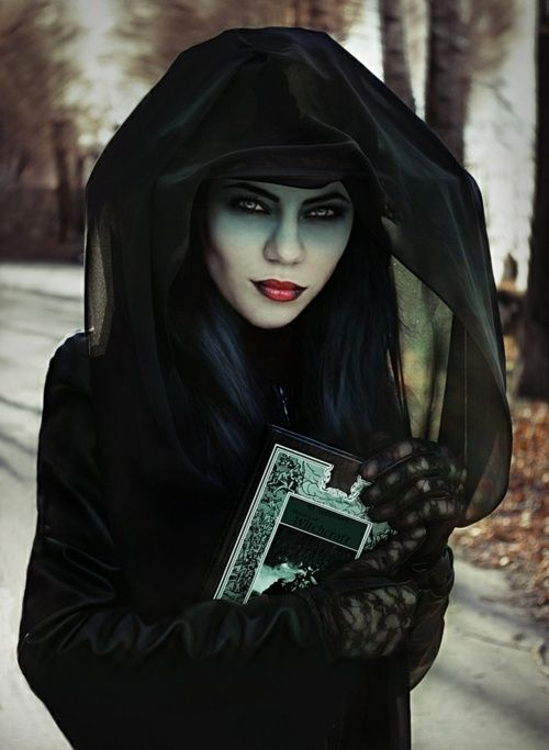 Halloween Kostüme Hexe Schminke