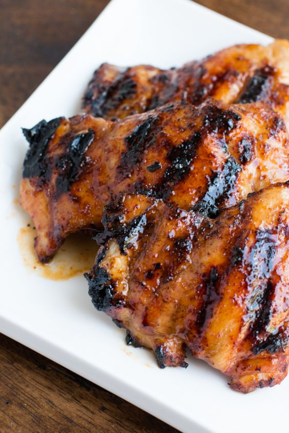 the most AMAZING sticky honey lime grilled chicken! ohsweetbasil.com