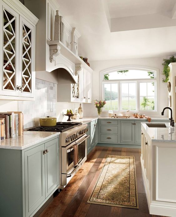 Two-toned #kitchen cabinets break the rules in the best way possible- link to profile to learn more (: @behrpaint) #homedecor