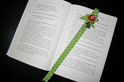 Easy and cute bookmark! @Robbie Herring #bobunny