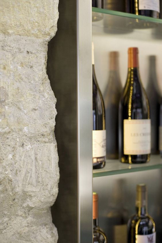 Le Petit Commines In Paris Restaurant Reviews Menu And Prices