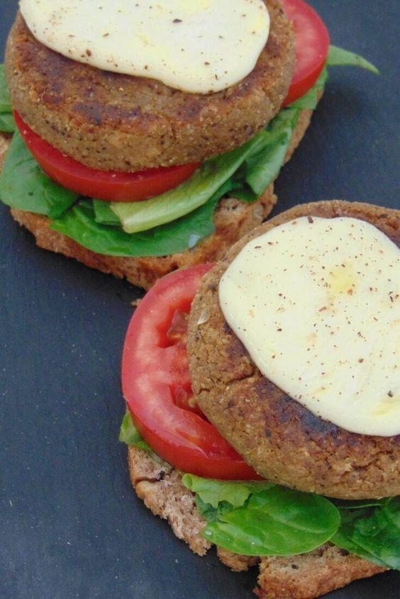 hamburguesas de soja texturizada a la plancha vegana