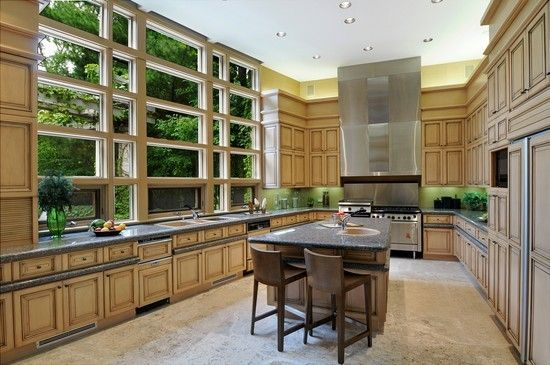 Chefs Kitchen with Sub-Zero Appliances and More---Love this kitchen's design!