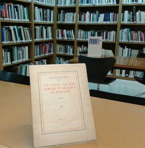 En la biblioteca IVAM