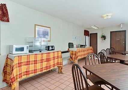 Breakfast area  #EconoLodgeMonteVista #EconoLodge #MonteVista #Colorado #Travel #Explore #FamilyFun #Hotel #Lodge #Inn #Motel