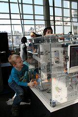 KET - Kinder erleben Technik (Ars Electronica Center) Tags: foyer 2012 aec arselectronicacenter kindererlebentechnikforschungswochen kindererlebentechnik2012