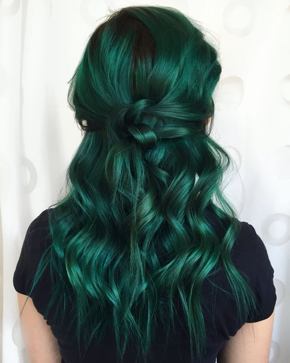 85 Fabulous Green Hair Style For You Page 15 Of 22 In 2020 Green Hair Cool Hair Color Hair Styles