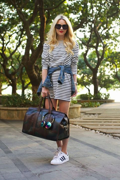 Travel outift - T-shirt striped dress, adidas sneakers, travel bag, sunnies, Frends headphones