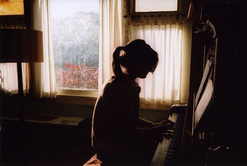 .: Dream Pictures, Playing Piano, The Piano, Music Photoshoot, Piano Photography, Art Photography Life