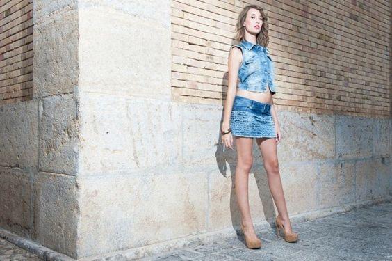 Mini vaquera y chaleco Fotos de la colección de #TanitJeans para Theomoda de #Ibiza