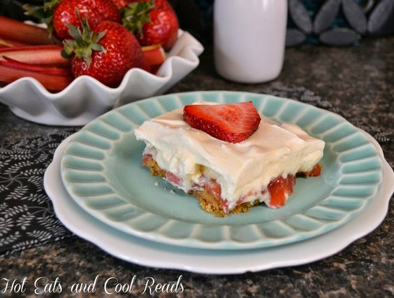 Hot Eats and Cool Reads: Luscious Strawberry Rhubarb Pudding Dessert Recipe