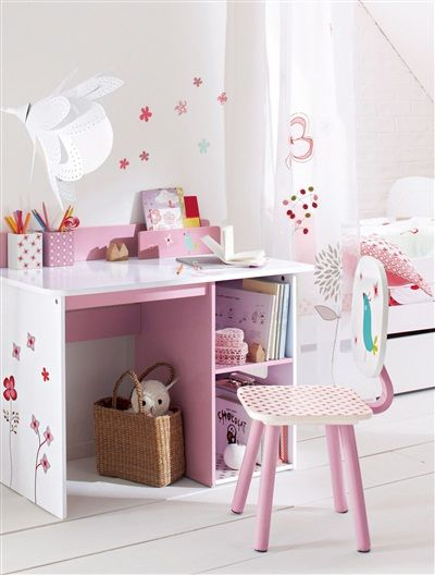Chaise de bureau fille th me cha 39 pouss blanc vertbaudet for Catalogue vertbaudet meuble