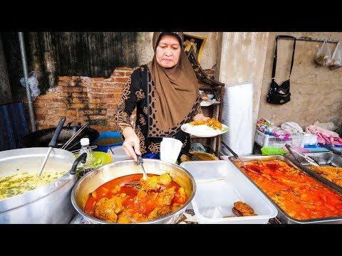 Halal Thai Street Food In Bangkok Amazing Thai Curry And Roti Food Tour Youtube Thai Street Food Street Food Food