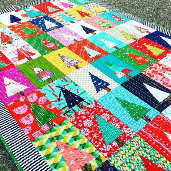 THE cutest tree quilt, using free tutorial from Diary of a Quilter and a fabric kit from Stitch Supply Co. See this Instagram photo by @kelbysews • 1,080 likes: