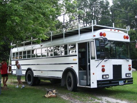 A deck would be great on the bus a whole other living for Rv with roof deck